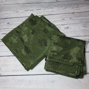 Large Green Leaf Tablecloth and Napkin Set